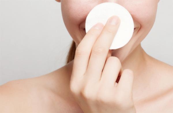 敏感肌向け】ヒリヒリしないおすすめ化粧水